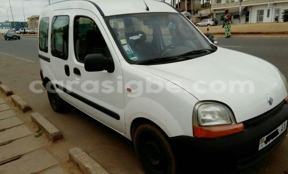 Acheter Occasions Voiture Renault Kangoo Blanc à Lomé au Maritime