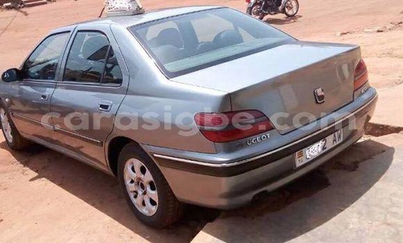 Acheter Occasions Voiture Peugeot 406 Gris à Lomé au Togo