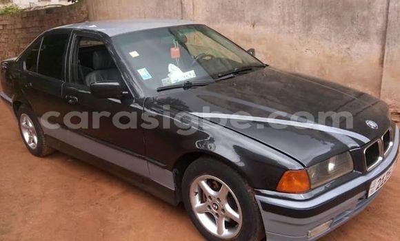 Acheter Occasions Voiture BMW 3-Series Noir à Lomé au Togo