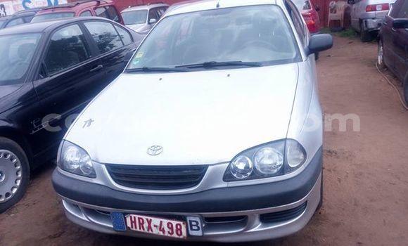Acheter Occasions Voiture Toyota Avensis Gris à Lomé au Togo