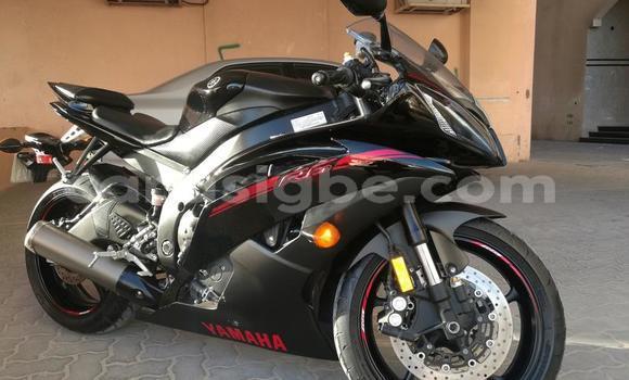 Acheter Occasions Moto Yamaha FZR Noir à Bafilo au Togo
