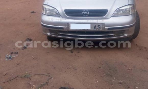 Acheter Occasions Voiture Opel Astra Gris à Bé au Togo