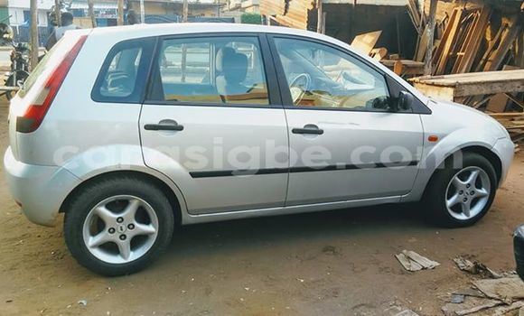 Acheter Occasion Voiture Ford Fiesta Gris à Lomé, Maritime
