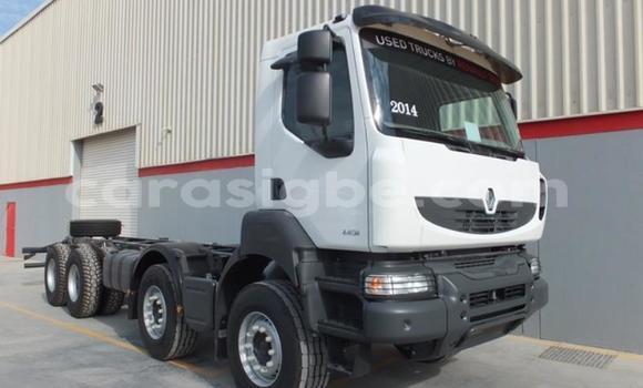 Acheter Occasion Utilitaire Renault TRM 10000 Blanc à Lomé, Maritime