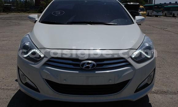 Acheter Occasion Voiture Hyundai Sonata Blanc à Lomé, Maritime