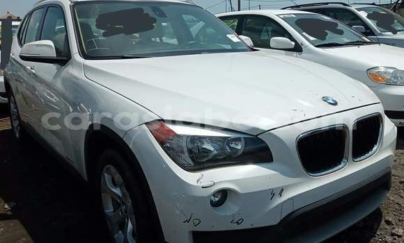 Acheter Occasion Voiture BMW X1 Blanc à Lomé, Maritime