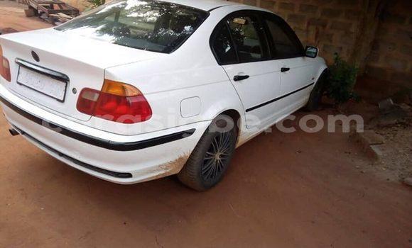 Acheter Importé Voiture BMW 3–Series Blanc à Lomé, Maritime