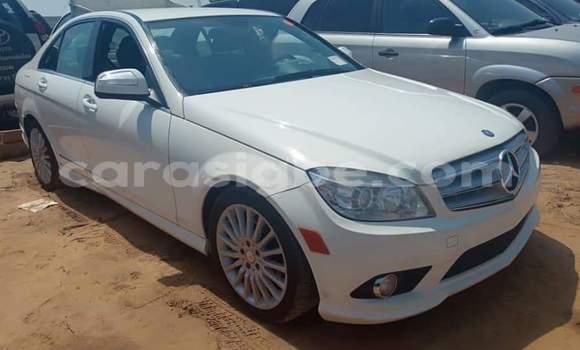 Acheter Occasion Voiture Mercedes‒Benz C-klasse Blanc à Lomé, Maritime