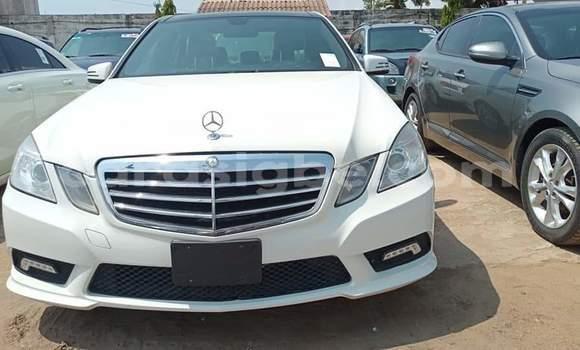 Acheter Occasion Voiture Mercedes-Benz C-klasse Blanc à Lomé, Maritime