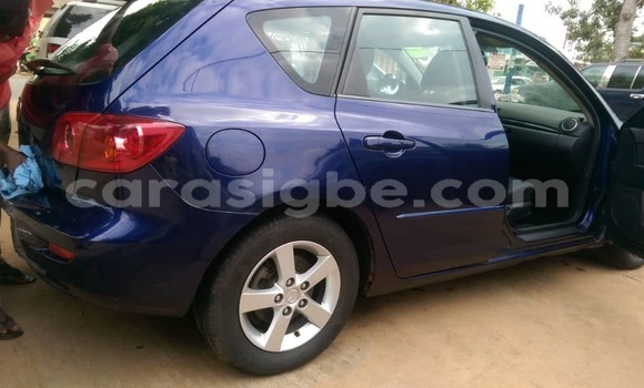 Acheter Occasion Voiture Mazda 3 Bleu à Lomé, Togo