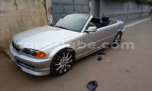 Acheter Occasion Voiture BMW 3–Series Blanc à Lomé, Togo