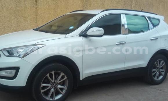 Acheter Occasion Voiture Hyundai Santa Fe Blanc à Lomé, Maritime