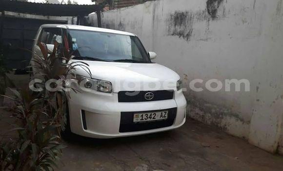 Acheter Occasion Voiture Toyota Scion Blanc à Lomé, Maritime