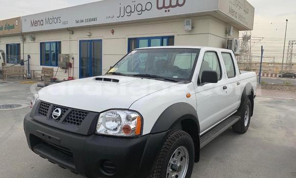 Acheter Neuf Voiture Nissan Pickup Blanc à Lomé, Maritime