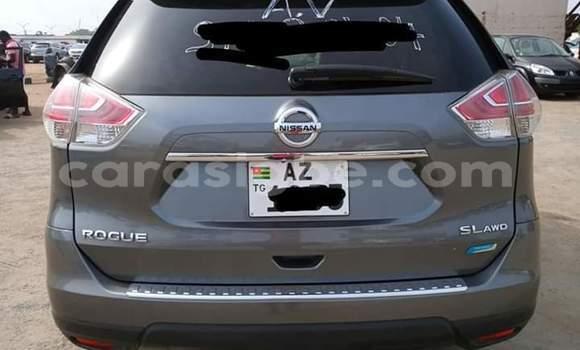 Acheter Occasion Voiture Nissan Rogue Marron à Lomé, Togo