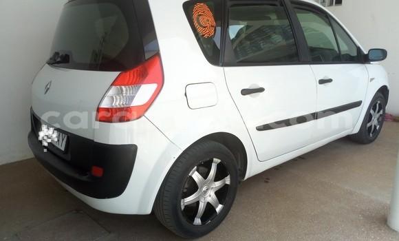 Acheter Occasion Voiture Renault Scenic Blanc à Lomé, Maritime